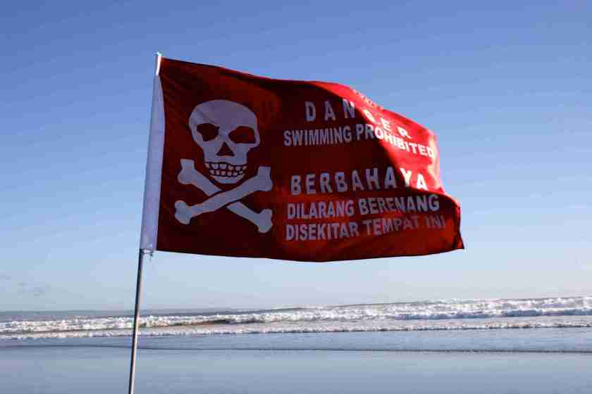 Bali Beachbreak danger 2