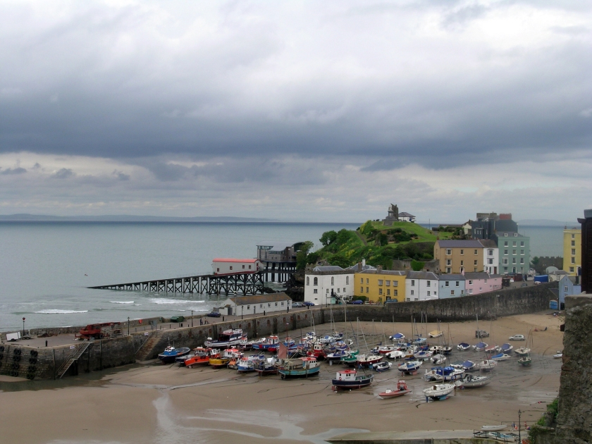 Old South Wales - A beached marina at Tenby (Wales) by GAB